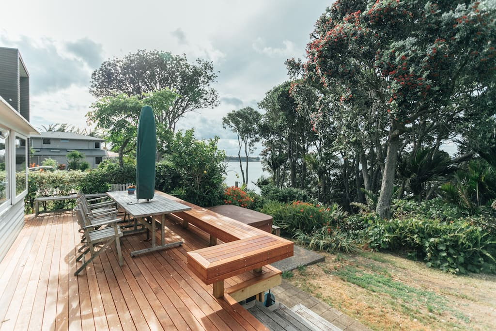 Outdoor dining ,beach, trees, sunsets and hot spa