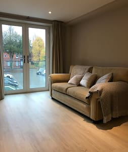 5 Minute Walk From Cardiff City Centre - 加的夫 - 公寓