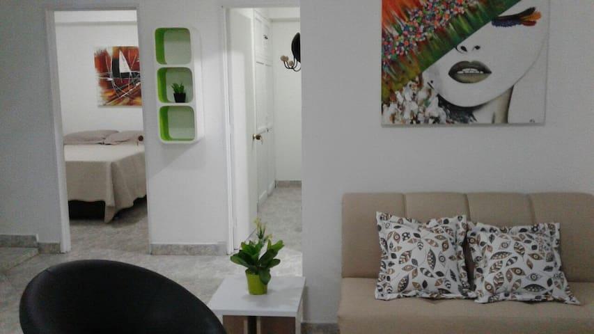 Apartamento Plaza Principal 201 - Guatape - Byt