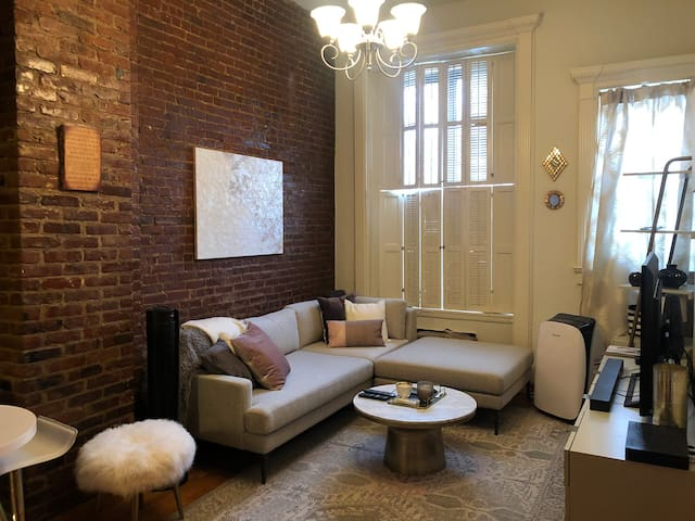 1 Bedroom Spacious and Cozy UWS Apartment