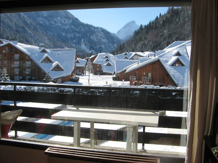 Apartment with one bedroom in Les Contamines-Montjoie, with wonderful mountain view, shared pool and furnished terrace