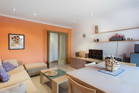 Sunny  bedRoom withWIFI and terrace - Canet de Mar - Wohnung