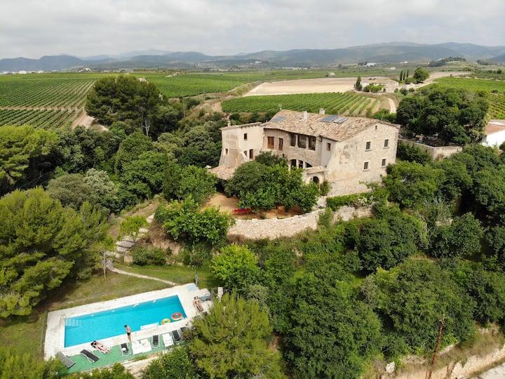 Villa Vallfort | Exclusivity | Swimming pool | BBQ