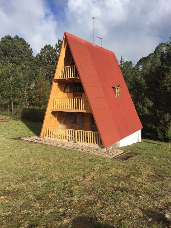 Cabaña en la montaña para descansar