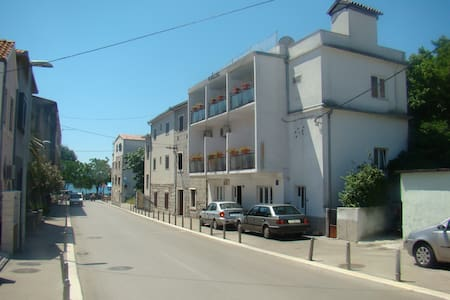 double bed room close Split Airport - Kaštel Stari