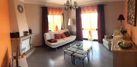 Bel appartement proche de la Mer / ESPINHO