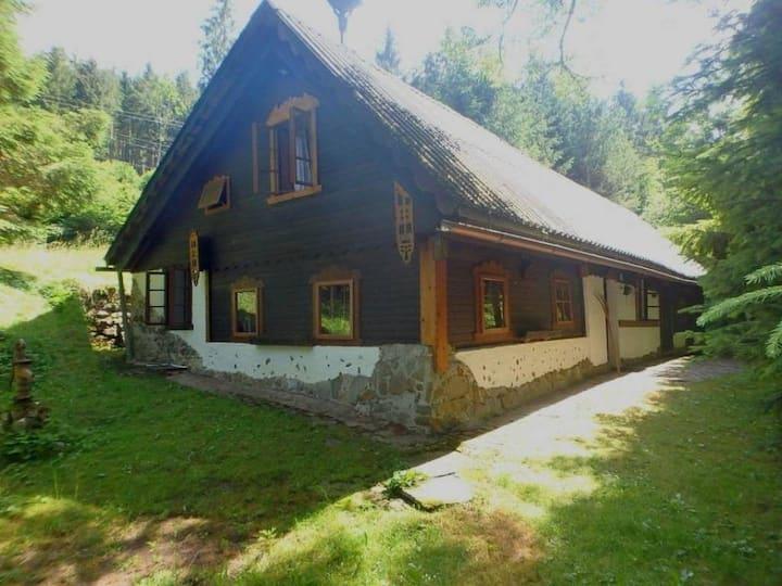 Idyllic cabin at the base of Annaberg Mountain