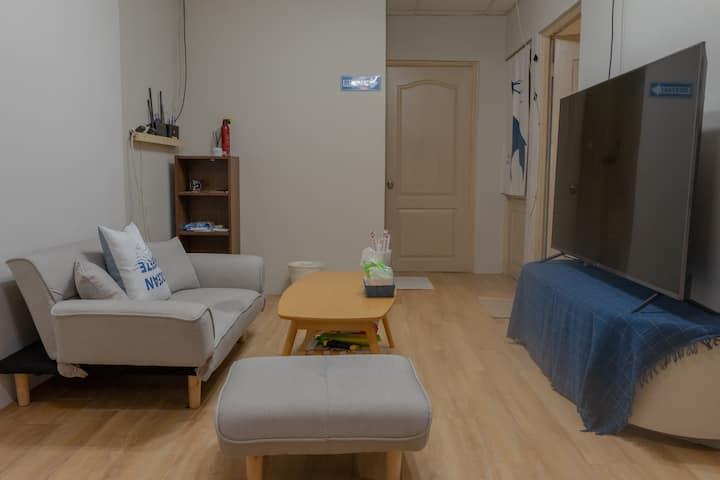 NEO 的窩 日租公寓 雙人雅房 (近夜市/高雄車站/捷運後驛站) 舒適休閒空間