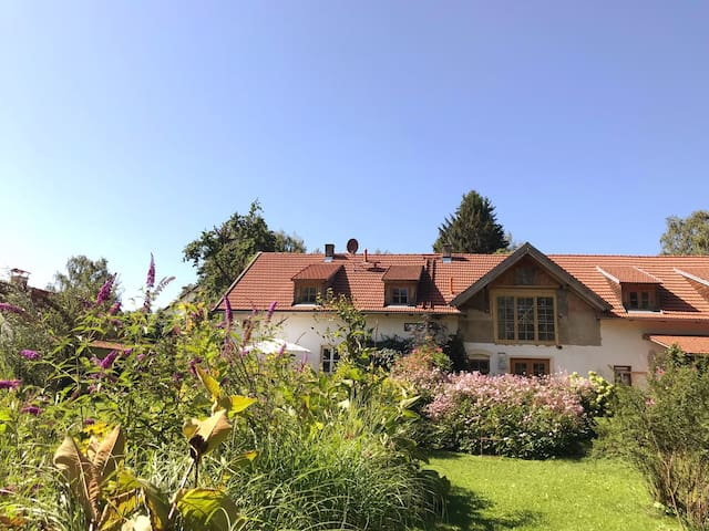 Oktoberfest !!!  Lovely Countryhouse near Munich