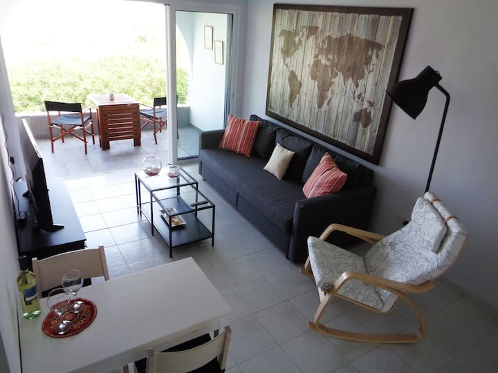 Themis Apartment: With a great sea view!