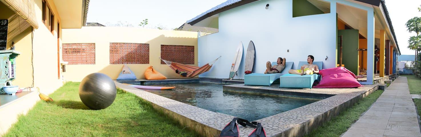 Blue Coco, surfing gateway.