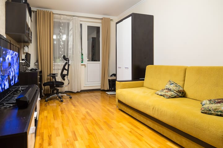 A well-equipped three bedrooms apartment