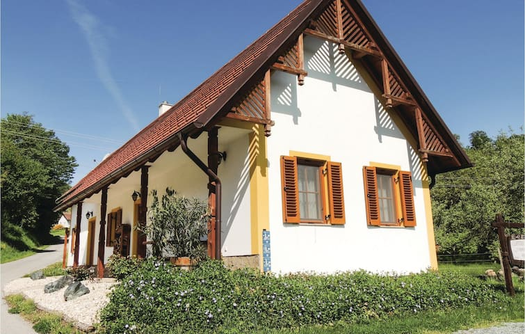Holiday cottage with 1 bedroom on 50m² in Gaas