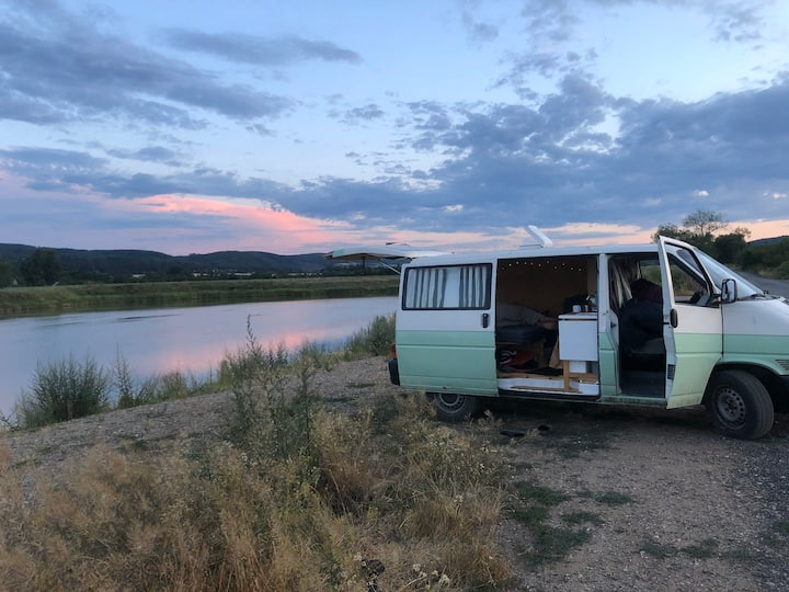 Cozy campervan for rent