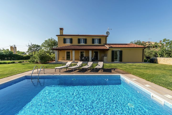 Villa Danelon is an ideal place for relaxation near the city of Poreč.