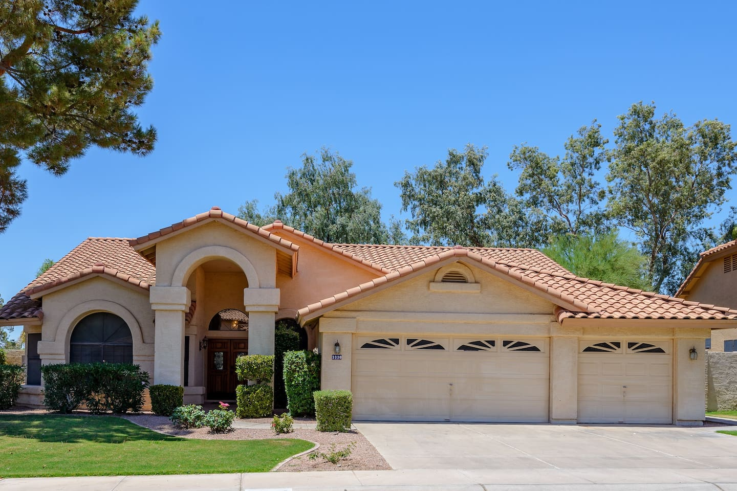 Front view of the house.  On a quiet, residential street in a great Ocotillo neighborhood!