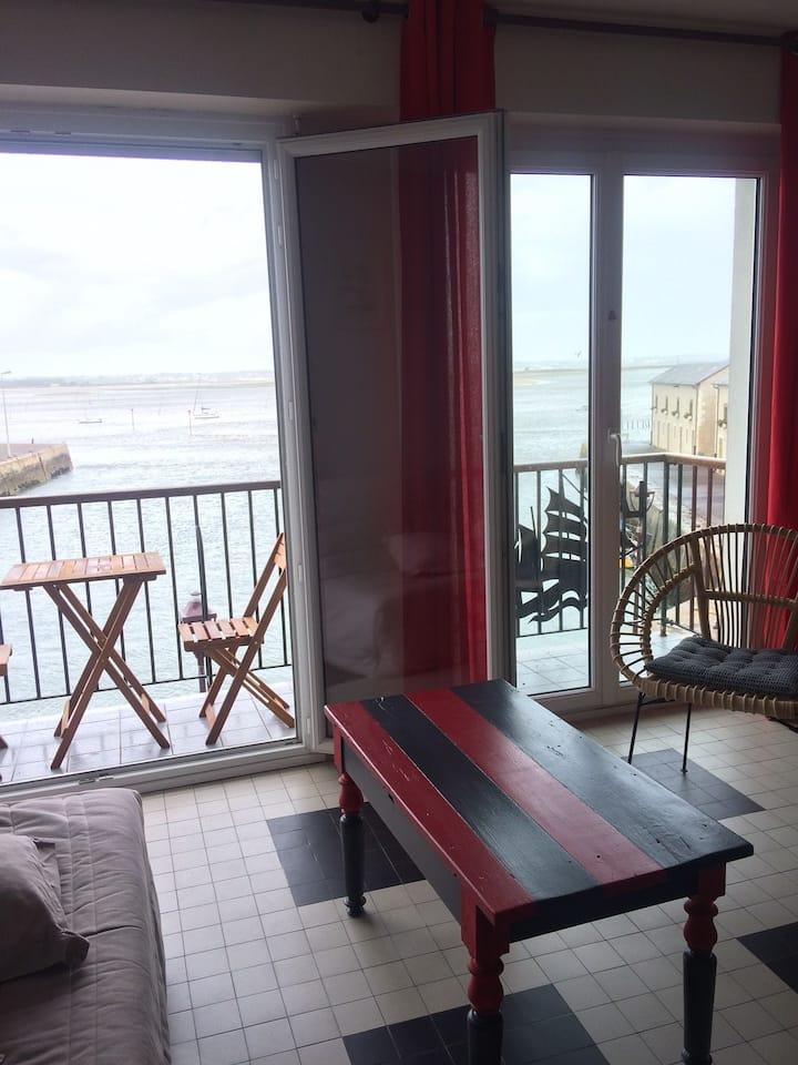 Appartement sur le port avec vue mer