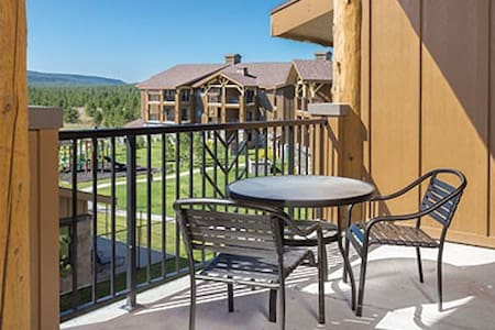 West Yellowstone 1 bedroom sleeps 4 - West Yellowstone