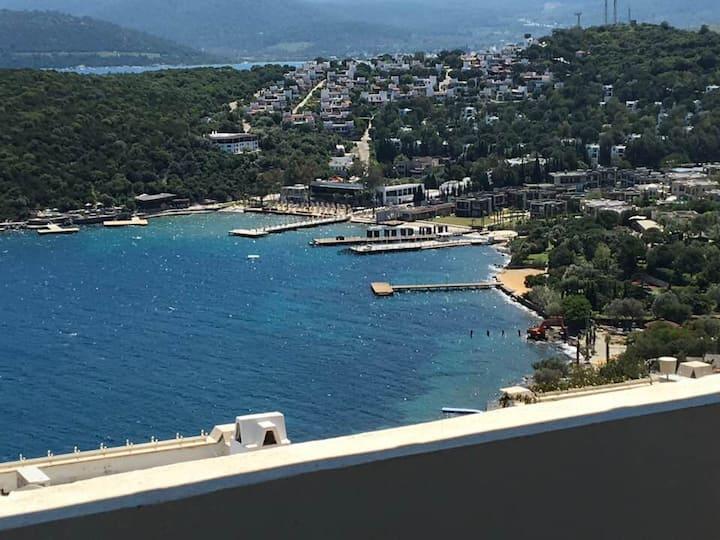 Türkbükü Site İçersinde  Deniz Manzaralı Villa