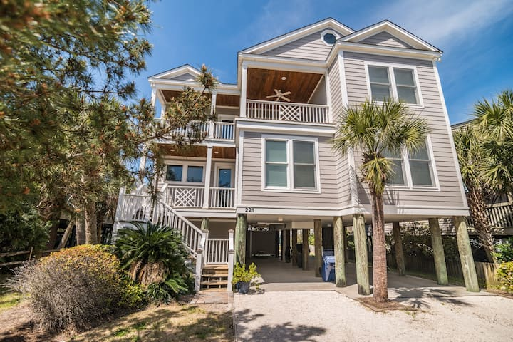 Oh Say Can You Sea, 4BR/3.5BA Second Row House
