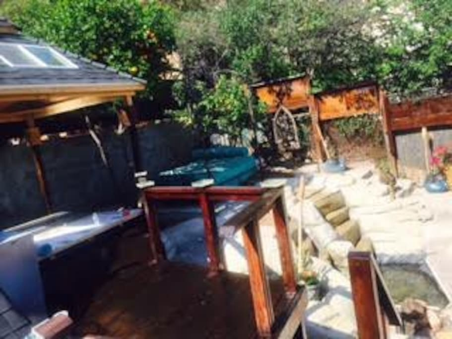 Peaceful yard and  hottub