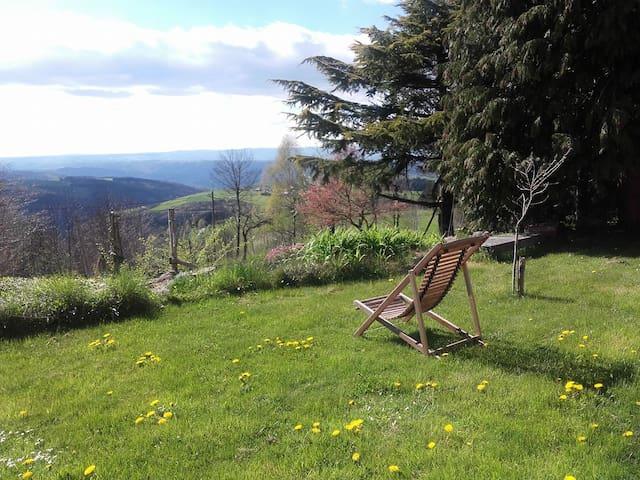 Studio en pleine nature Parc Pilat - Saint-Genest-Malifaux - 단독주택