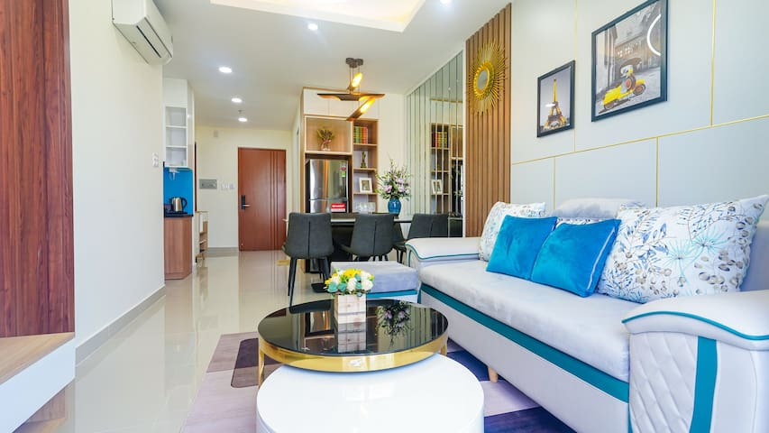 Newly Built Luxury Modern 2BR Apt ★ Lovely Balcony