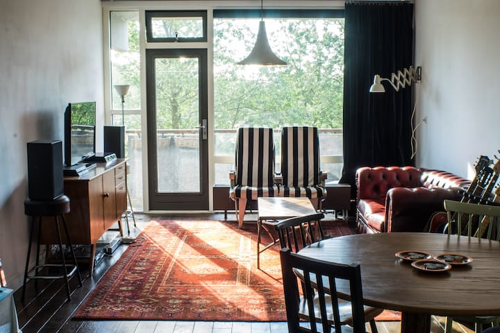 Spacious appartement near metro - Amsterdam-Zuidoost - Apartment