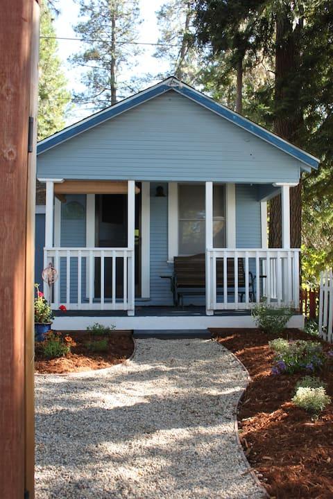 The Cottage on Mainhart Street, Grass Valley