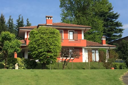 Villa with private garden near Orta - Armeno - Villa