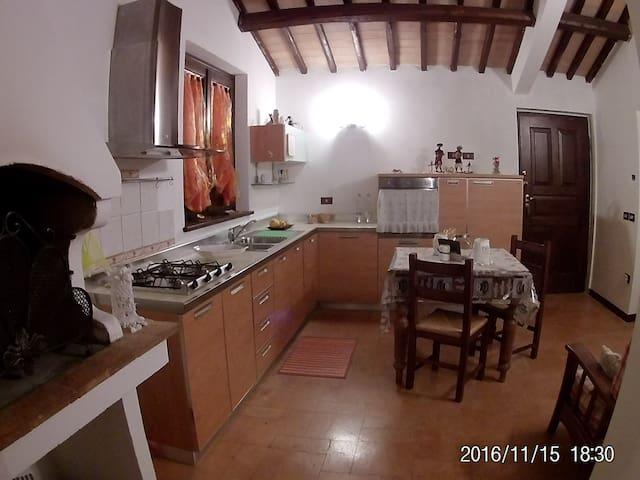 Incantevole appartamento - Spoleto - Leilighet
