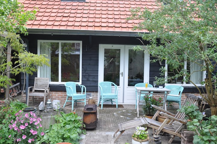 Studio Tjilp! - Leerdam - Bed & Breakfast