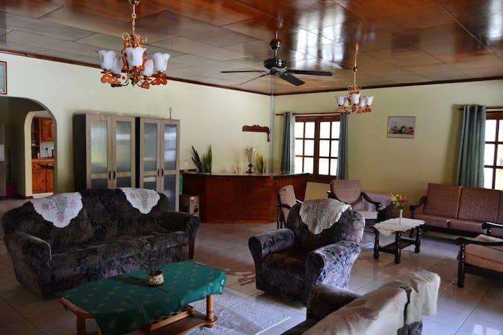 Living Room - Double Room - Villa Annex - Villa Bananier