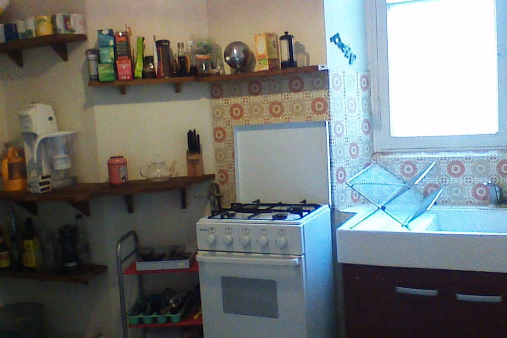 Grand frigo avec congélateur