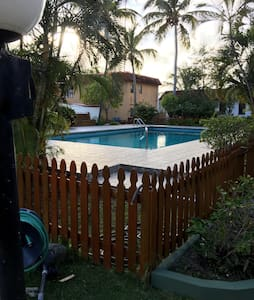Room for rent in a gated community - Haus