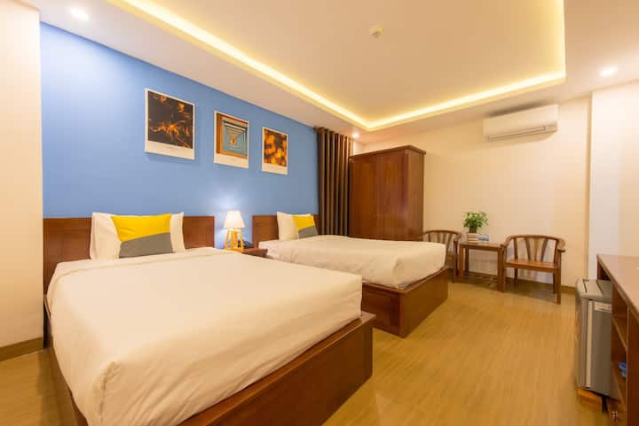 The Samson Boutique Twin Bed Room