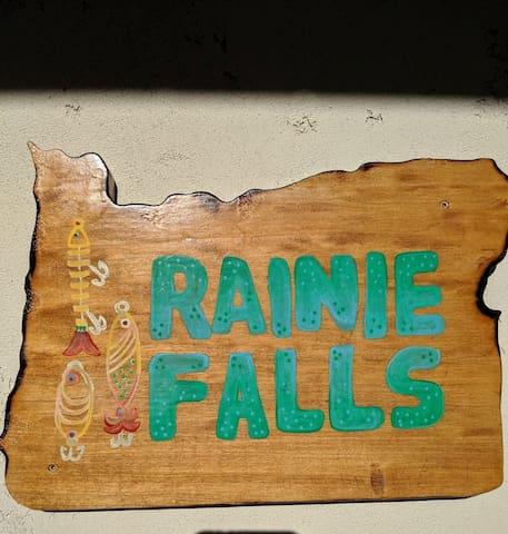 Rogue River Oasis - Rainie Falls Cabin