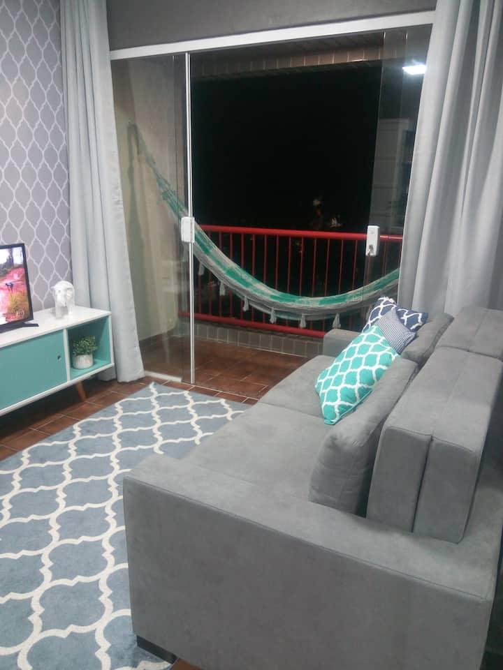 Apartamento Moderno e Equipado-Ótima Localização!