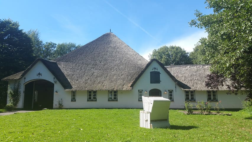 Haubarg Pohns Warft - Apartment 1 - Oldenswort - Holiday home