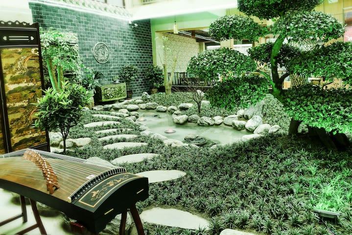 成都青城印象温馨家庭房