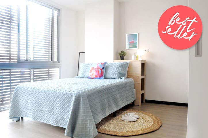 Comfy Apartment in the Hippest Area of the City