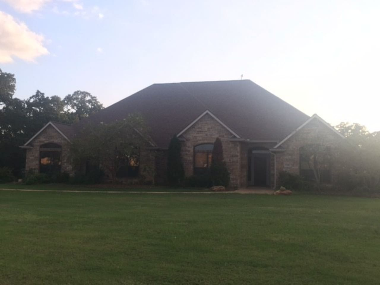 3,500 square foot home with an acre+