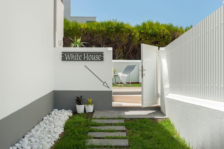 Hot Ericeira - White House - Ericeira - Haus