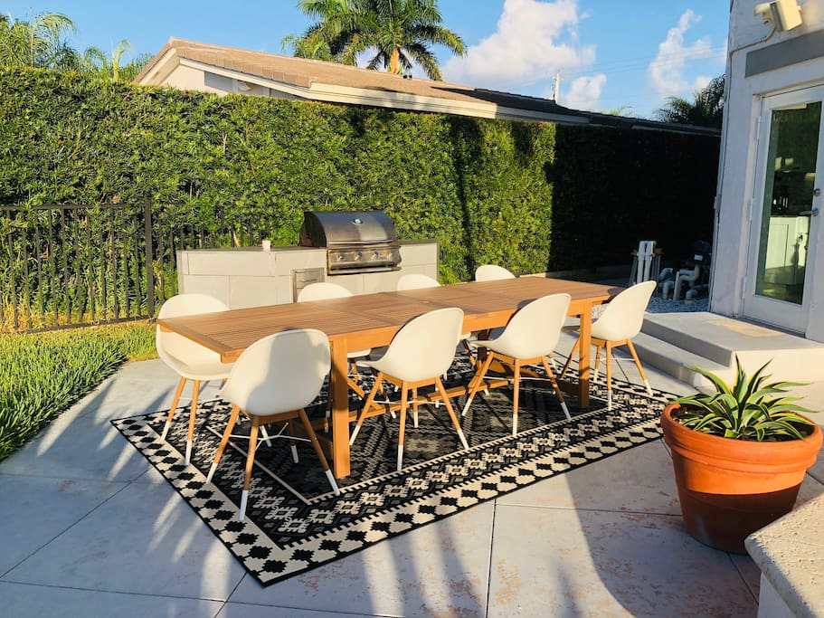 New Outdoor Dining Area