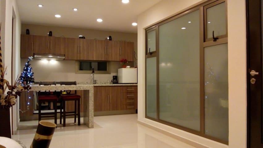 Suite en  apartamento minimalista