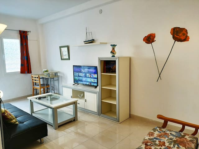 Apt. Pozo Izquierdo beach + Wifi (B-Ground floor)