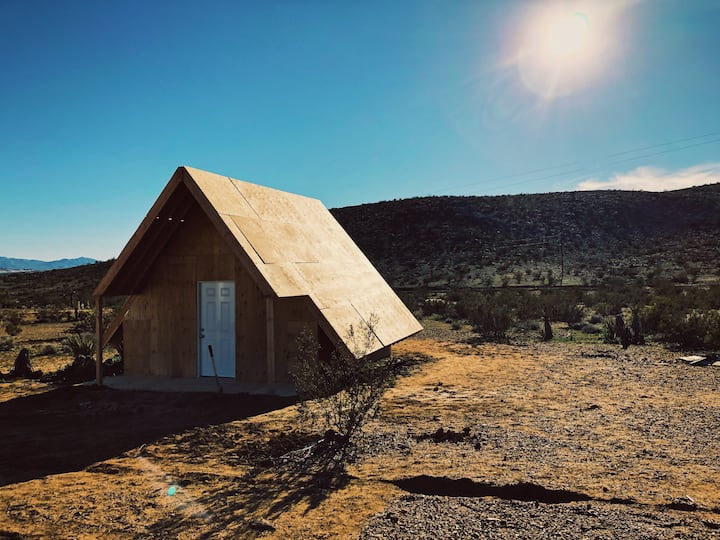 Desert Song | 5-Acre Joshua Tree Escape