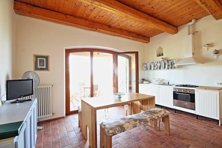 Un angolo di paradiso nel cuore delle Marche - Montelabbate - Appartamento