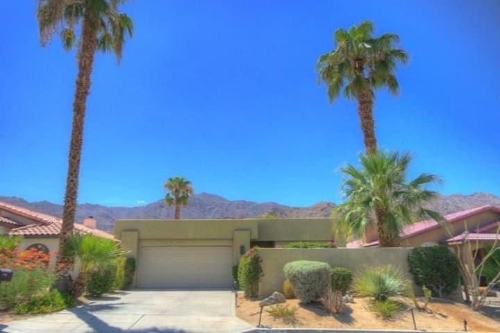 The Sage House - Desert Getaway Pool Home