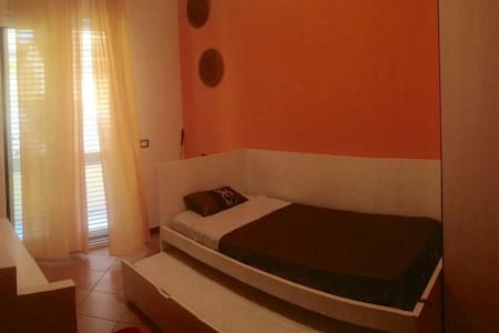 Double room near Misano Circuit - Santa Monica-Cella